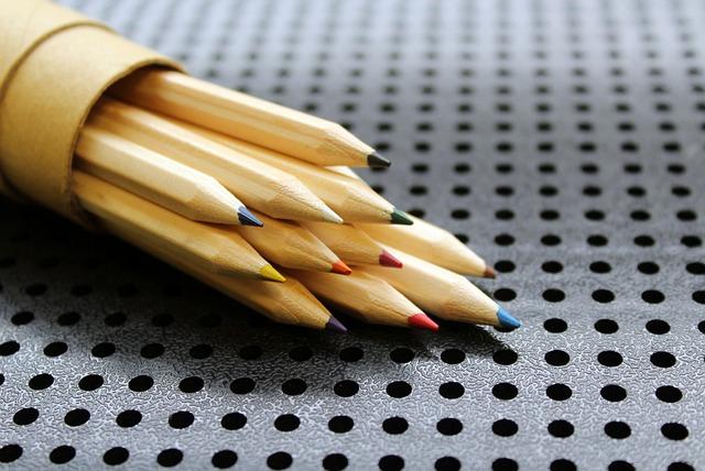 crayons-4902112_640