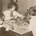 Pracownia plastyczna prowadzona przez p. Stefanię Kosową. 1967r.