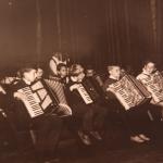 Na zdjęciu widoczny instruktor muzyczny mgr Józef Czekaj. 1966/67r.